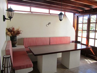 Dining Area can be open or closed