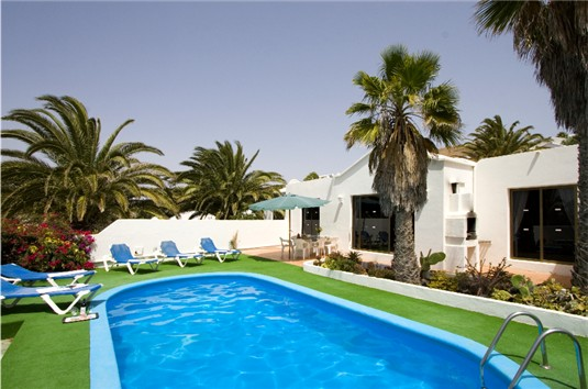 Another view of Casa Cobra, Pool & Terrace Area