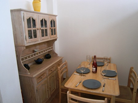 Dinng Area in Kitchen