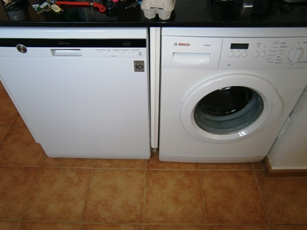 Dishwasher / Washing MAchine
