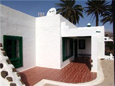Side view of Casa Maguez