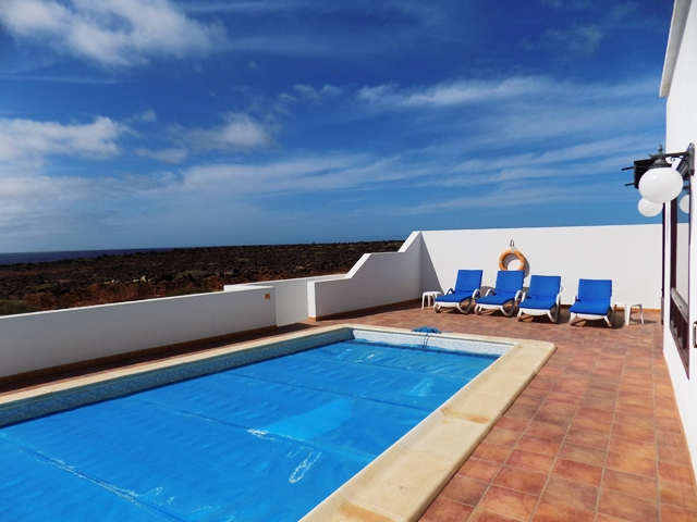 12m x 4m private heated pool
