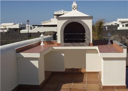 King-Sized Built-in BBQ on Terrace opposite Al-Fresco Area (Before walls increased in height)