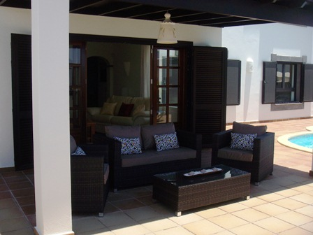 Another view of external lounge area