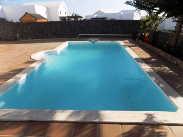 Private Heated Pool - 8m by 4m