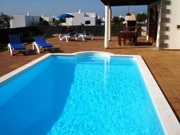 8m x 4m Electrically Heated Private Pool
